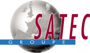 Globe terrestre et inscription Satec Groupe
